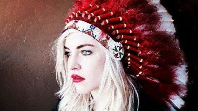 Gov. Fallin's Daughter Defends Headdress Photo