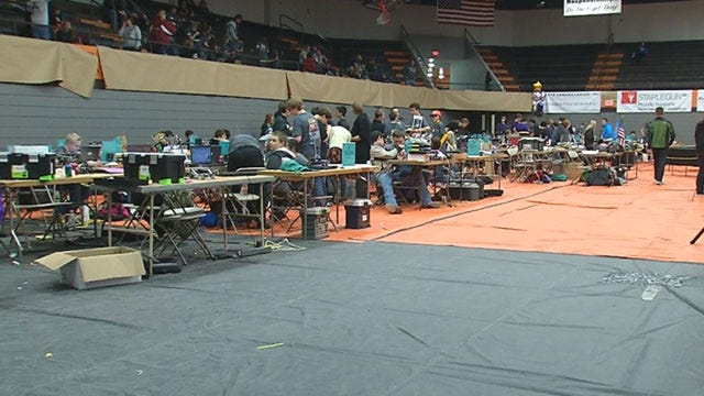 Hundreds Of Okla. Students Flock To Robotics Competition In Norman