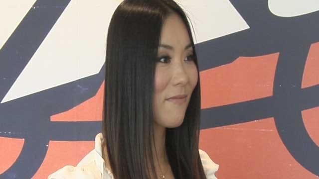 Japanese Dancer Travels Across The World To Cheer For The Thunder