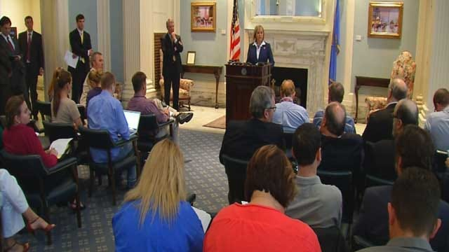 Governor Vetoes Bill, Rolling Back Literacy Standards