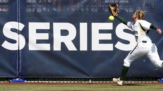 Women's College World Series: Team Previews