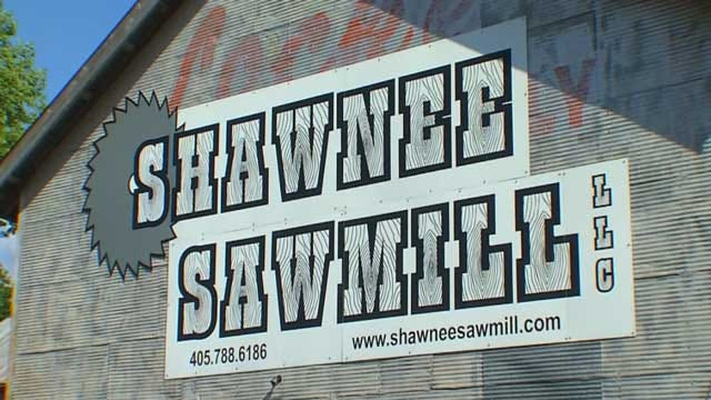 Caught On Camera: Thieves Steal Equipment From Shawnee Sawmill