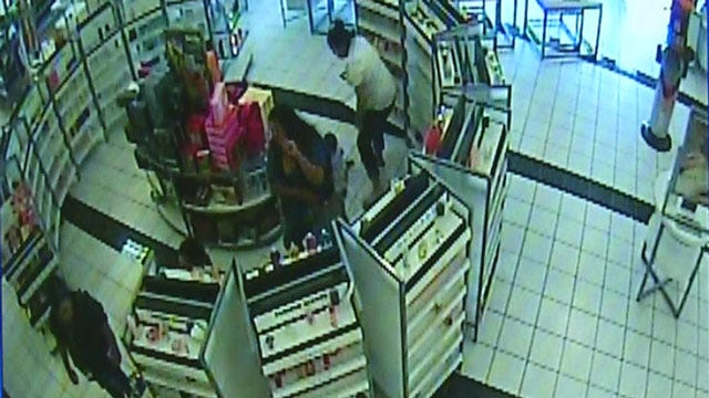 Caught On Camera: Thieves Steal Perfume From OKC Ulta