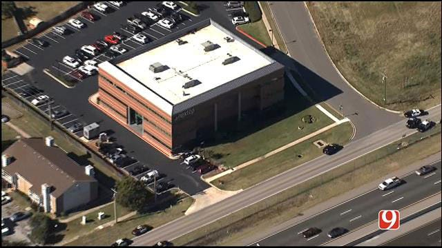 Norman Hostage Situation Ends Peacefully, Suspect In Custody