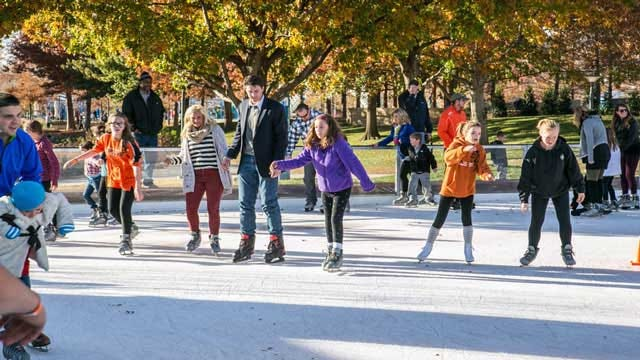 Devon Ice Rink To Open This Friday In Downtown OKC