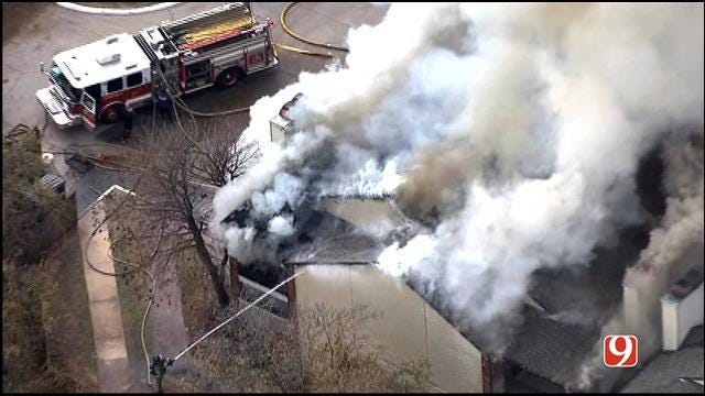 Crews Contain Fire At NW OKC Apartment Complex