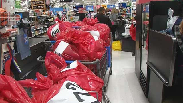 Law Enforcement Helps With Christmas Gifts For Metro Children
