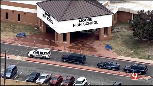 Juvenile Student In Custody After Bomb Threat Hoax At Moore HS