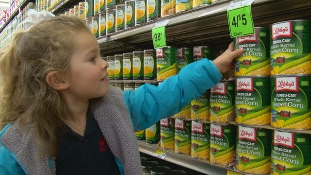 Metro Kids Buy Groceries For Families In Need