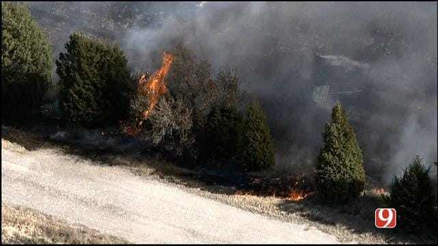 Crews Contain Grass Fires In OKC