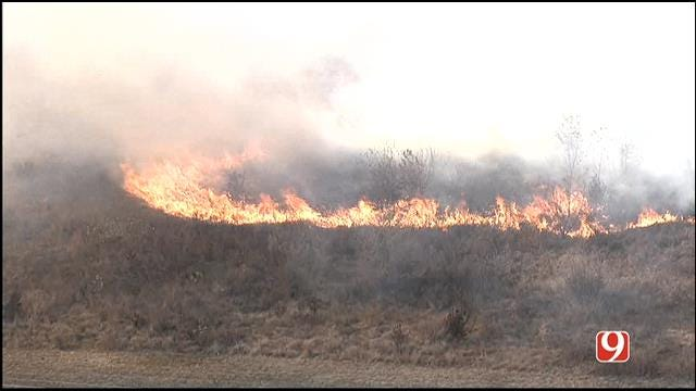 Firefighters Respond To Multiple Grass Fires In OKC