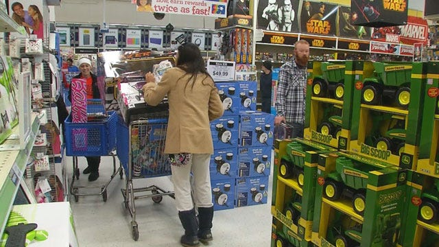 'Grey Thursday' Shoppers Out In Full Force Across OKC