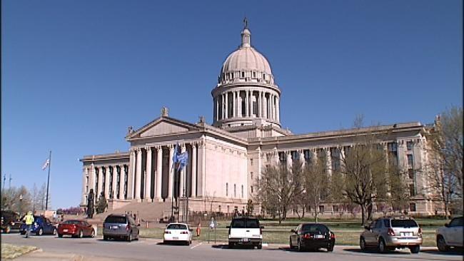 Oklahoma Lawmakers Get Capitol Restoration Tips In Kansas