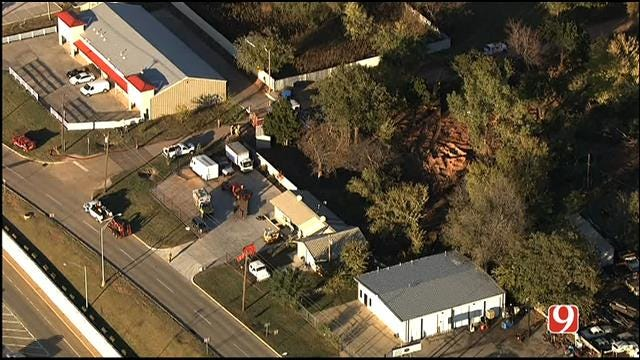 Businesses Evacuated After Construction Crew Cuts Gas Line In SE OKC