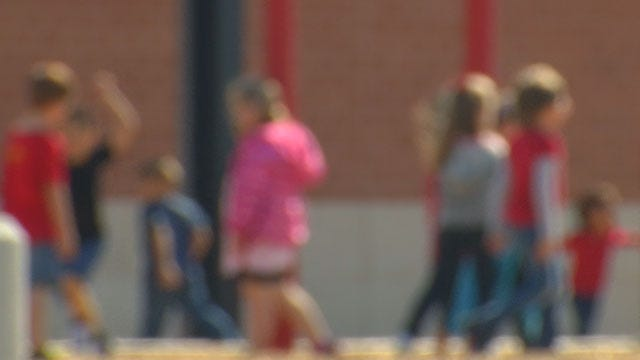 Ebola Scare: Students And Staff Allowed To Return To Moore Schools