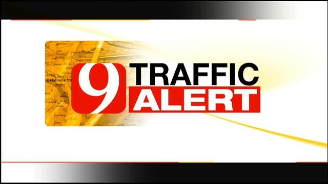 TRAFFIC ALERT: Penn Blocked In NW OKC After Gas Line Break