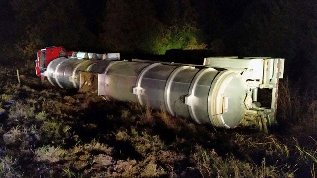 Tanker Truck Rollover Spill Shuts Down Highway 18 North Of Chandler