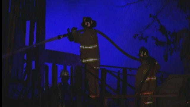 OKC Mobile Home Destroyed In Early Morning Fire