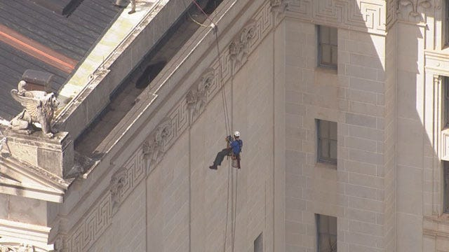 Engineers Rappel From OK Capitol Building