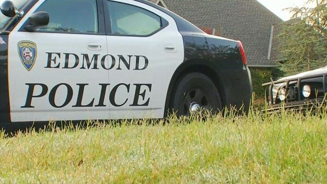 Police: Man Drowns In Hot Tub At Edmond Home