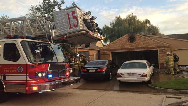 Man Alerts Residents Of Their House Fire In OKC