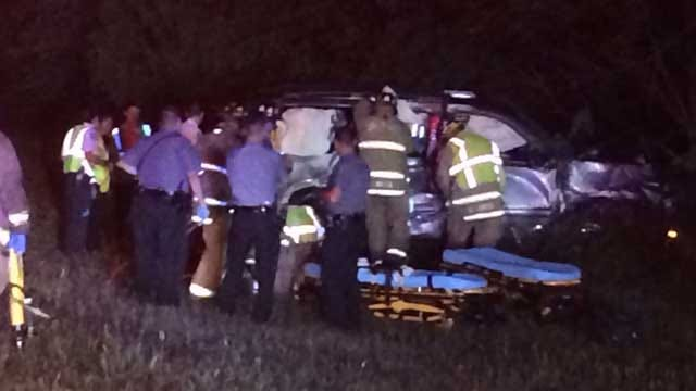 Three Injured In Rollover Crash On I-44