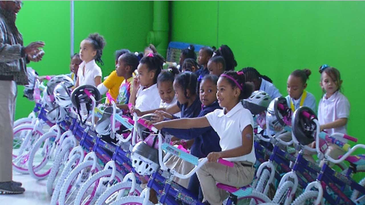 Metro Elementary Students Surprised With Bikes For Academic Performance