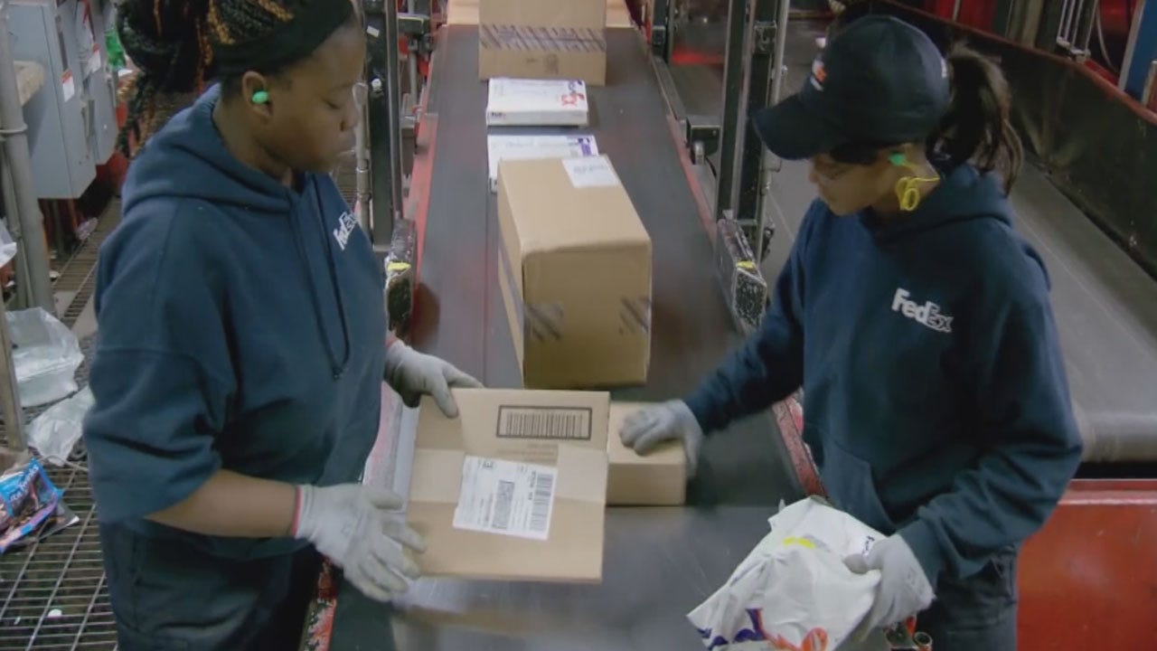 Costly Mistakes To Avoid When Shipping Gifts