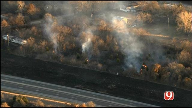 Homes Threatened After Grass Fire Flares Up Off Turner Turnpike In NE OKC