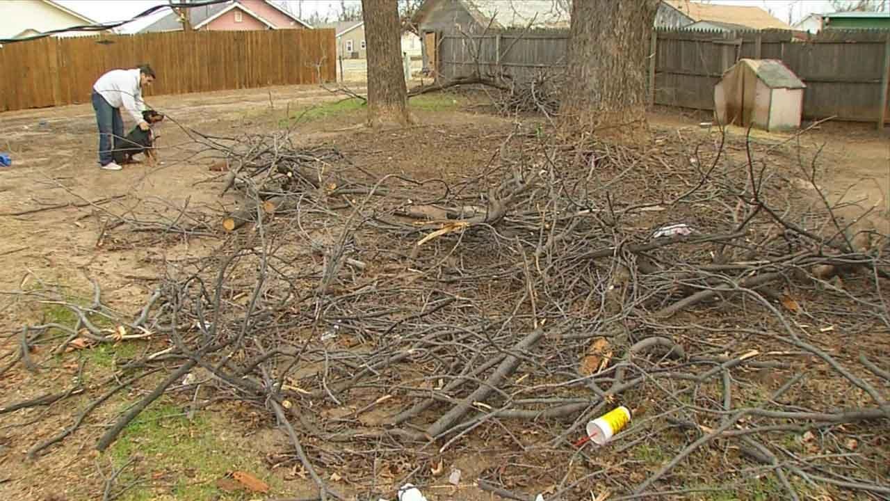 El Reno Still Waiting On FEMA For Help With Storm Debris