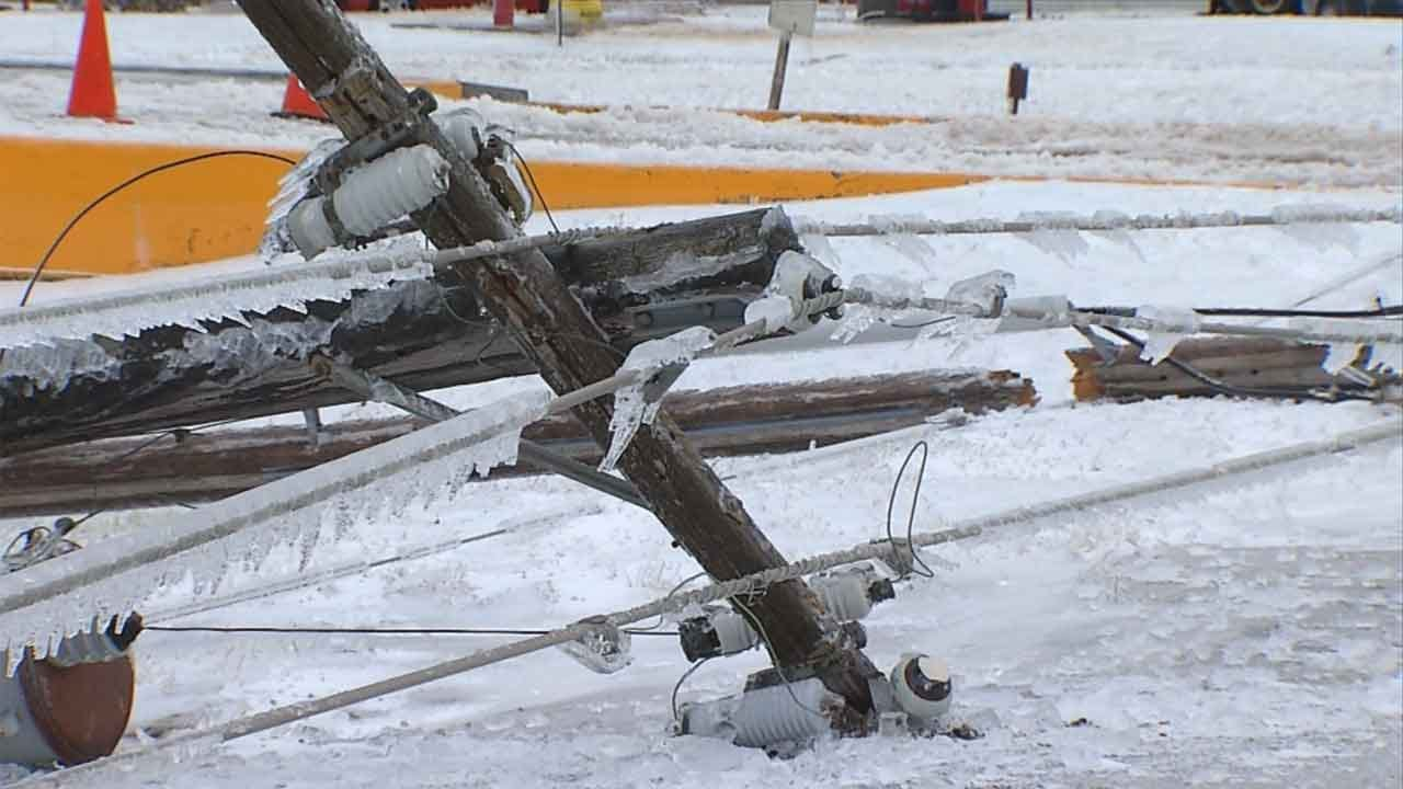OG&E Rep Answers FAQs About Power Outages, Response Times