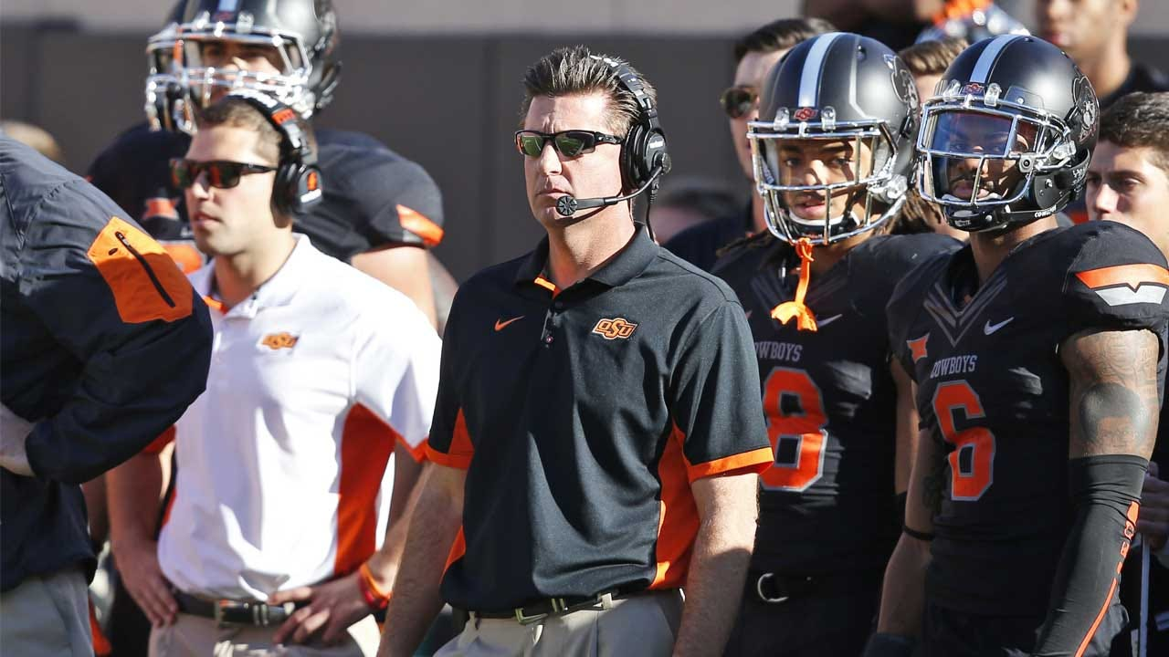 Gundy Selected As Region Coach Of The Year
