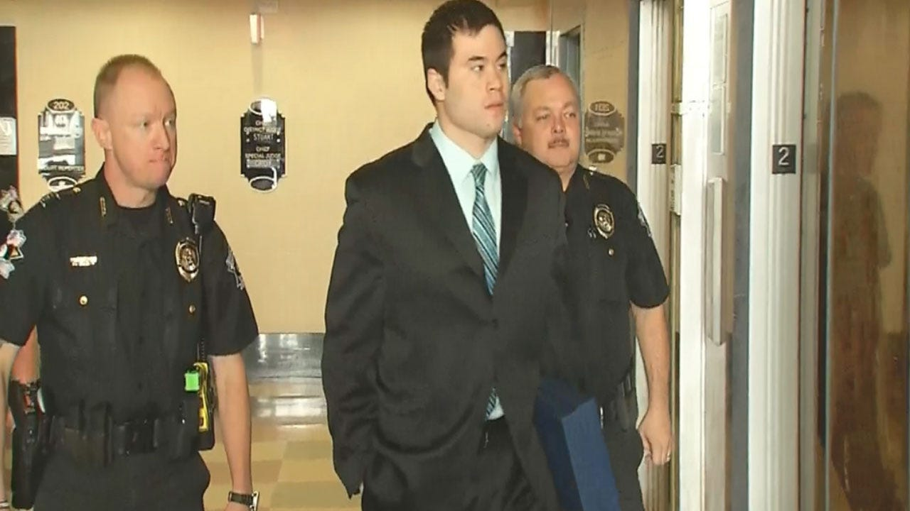Jurors Resume Deliberations In Daniel Holtzclaw Trial