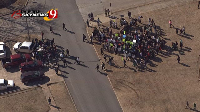 Seminole Students Walkout Of Class Over Those Against School Bond