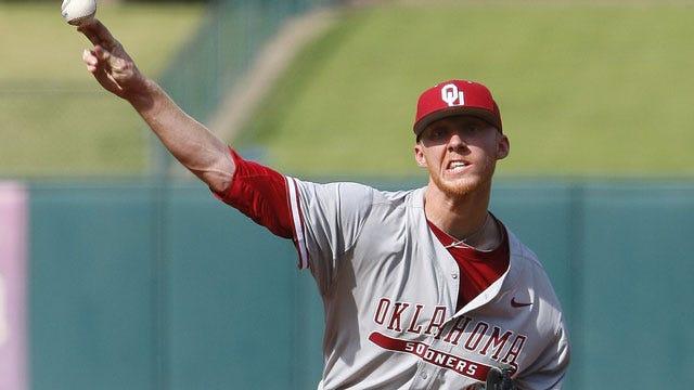 OU Baseball: Elliott Shuts Down Huskies