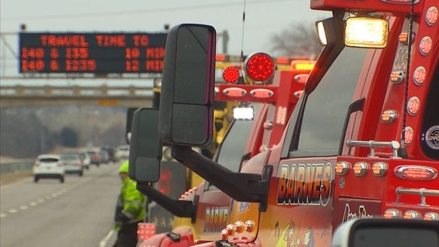 Tow Truck Drivers Line I-40 For Safety Awareness
