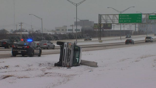 OKC Drivers Battle Winter Weather Conditions