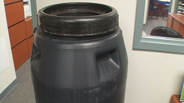OKC Officials Encourage Resident To Conserve Water With Rain Barrels