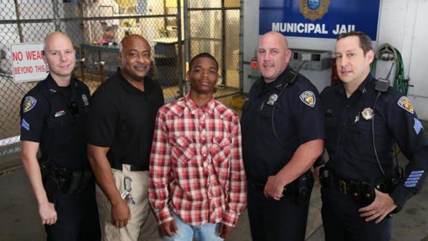 After Arrest, Florida Teen Helps Save Officer's Life