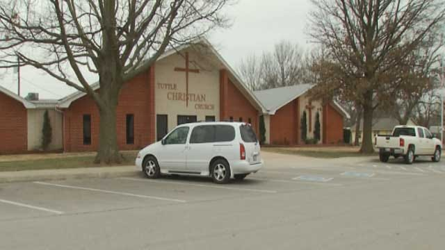 Tuttle Police Searching For Suspects After Church Car Burglaries