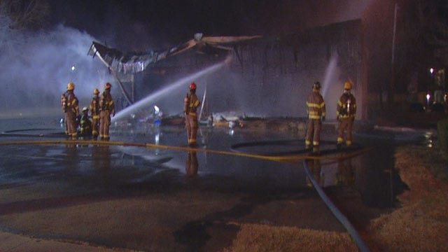 Moore Business Destroyed In Early Morning Fire