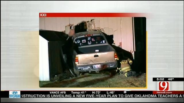 Durant Homeowner Injured After Truck Crashes Into House