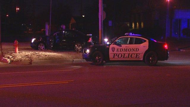 Edmond Police: High-Speed Chase Ends In Crash, Arrest Of Suspect