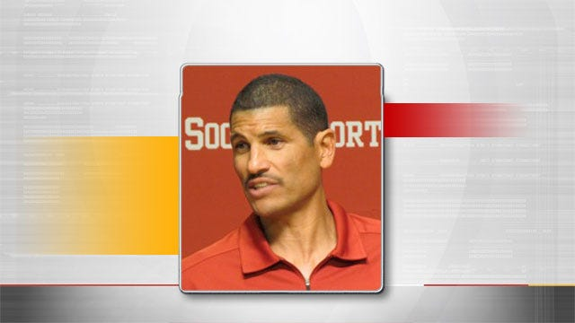 Co-Offensive Coordinator Jay Norvell Out At OU