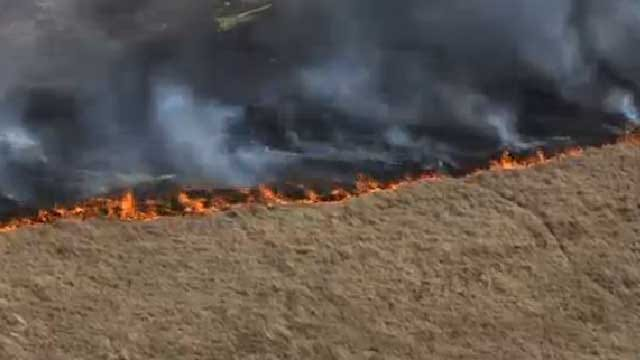 Crews Put Out Grass Fire In NW OKC