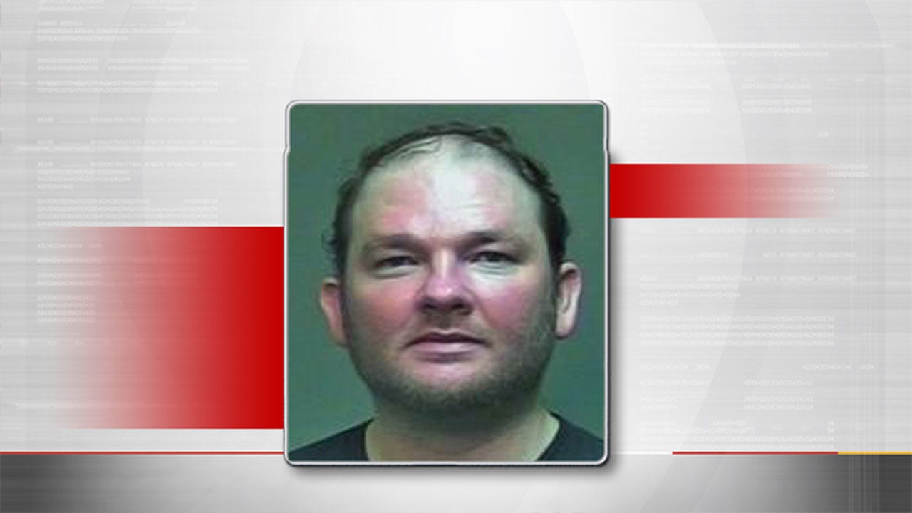 Stoney LaRue Arrested For Pushing Girlfriend Down Stairs