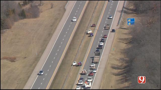 Three Vehicles Involved In Crash On EB I-40 West Of Shawnee