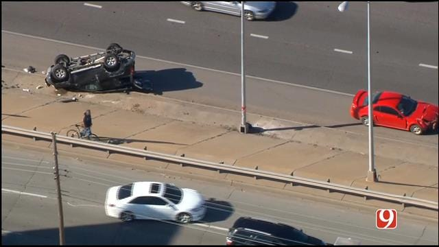 Injury Reported In Crash On WB I-240 Near Shields