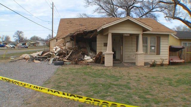 Teen On The Run Dies In Elk City Crash, Homeowner Seriously Injured