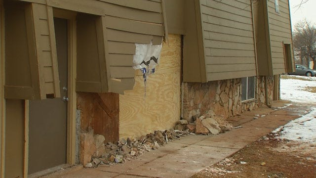 Driver On The Loose After Crashing Into NW OKC Apt., Critically Injuring Girl